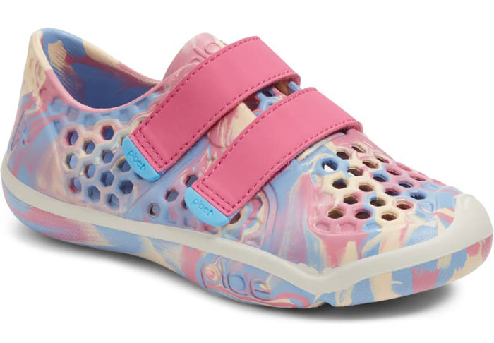 girls plae water shoes