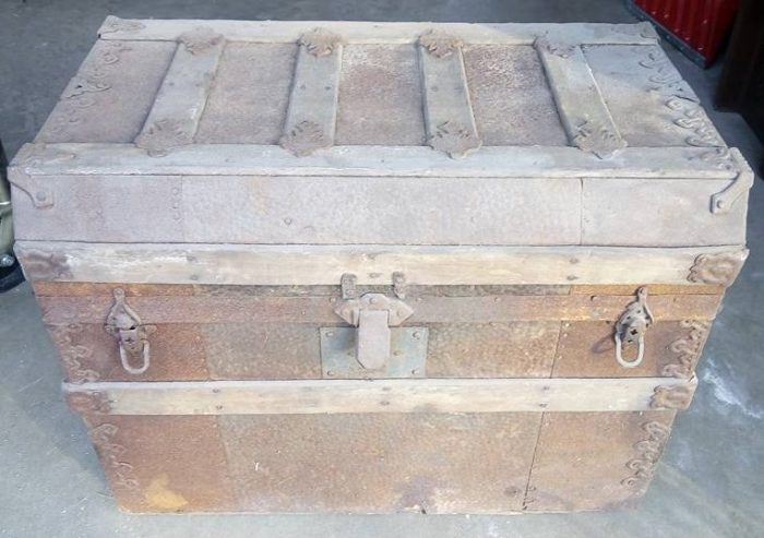 Antique Steamer Trunk listing photo