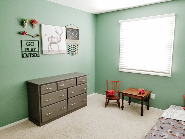 toddler room ideas - toddler boys room decor